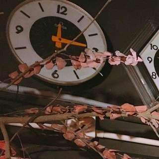 70年代 鐵殼舖頭鐘 (需維修,只作裝飾用)