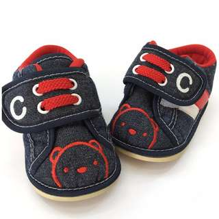 Shoes : Cuddles ( Size 2)