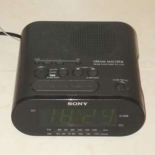 SONY DREAM MACHINE FM/AM CLOCK RADIO ICF-C218 鬧鐘收音機