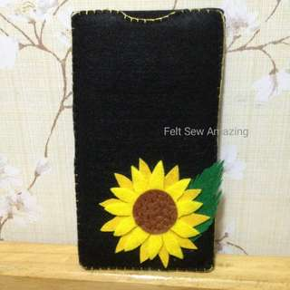 Felt sunflower cp pouch
