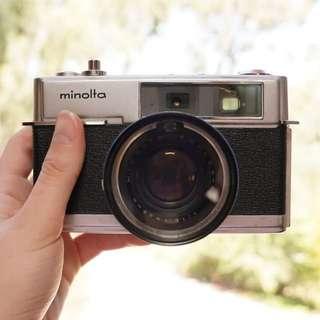 Minolta HI-MATIC 7 + 2 lenses