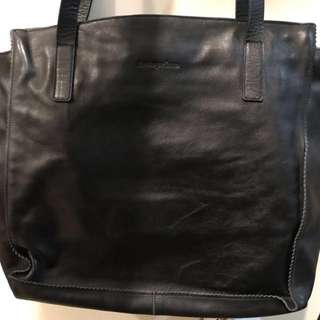 ANTEPRIMA black leather shoulder hand bag 真皮手袋