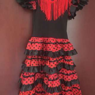 Spanish Costume for girls (Suitable for 6 to 8 yr old)