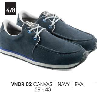 VNDR 02 CANVAS NAVY EVA