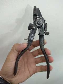Saw set tool