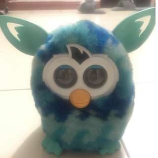 Furby boom figure it dance and sing