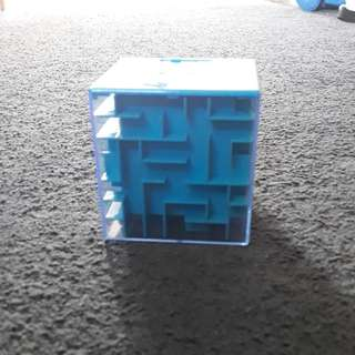 Money puzzle box