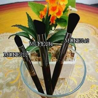 MUFE Makeup Brush
