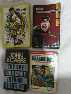 Buku-buku komedi komik n novel murah