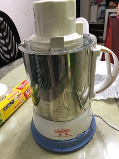 Fresh soy milk maker