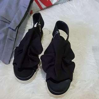 MKS Black Bow