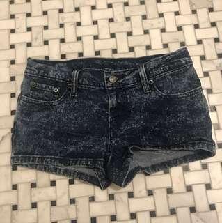Levi's short denim shorts