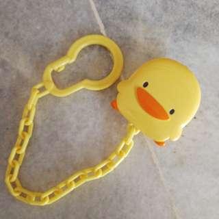 Piyo Piyo pacifier clip
