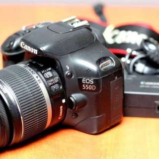 Canon 550d with 3 lens, 2 flash full package