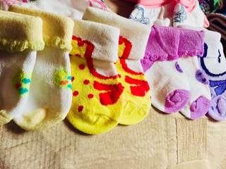 Socks and Bonnet
