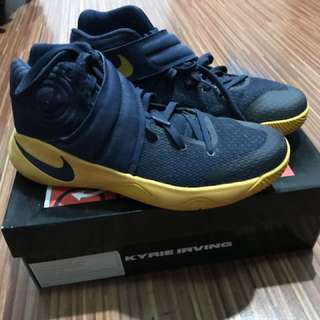 KYRIE 2 mid navy university gold