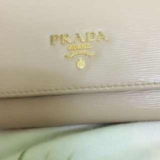 PRADA長銀包,5800,98%新,有卡,有盒