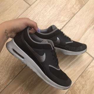 Nike Air Max Thea's - Black Grey Silver