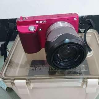 數位相機-Sony微單(附鏡頭及防潮箱)