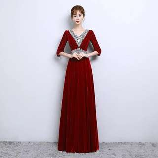 Wine red Crystal design dress / evening gown