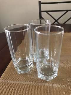 Set of 3 drinking glass
