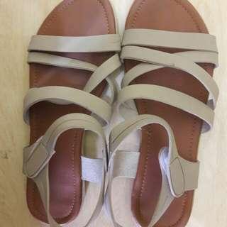Preloved Sepatu Sendal Tali Size 39 Cakeppp import