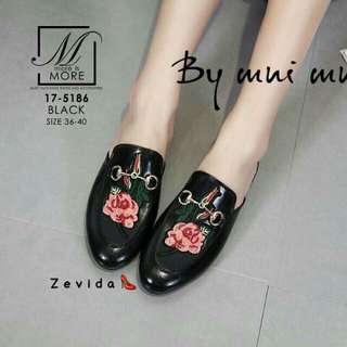 Style Gucci slip on