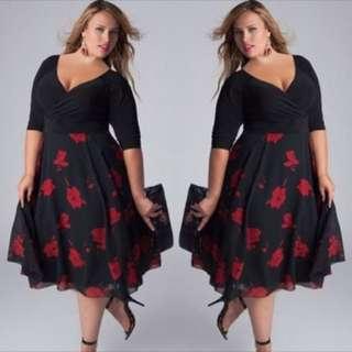 PLUS SIZE V-Neck Floral Dress