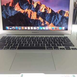 Macbook Air 13inch 2015 Core i5 1.6ghz 4gb Ram 128gb SSD