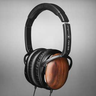 EMU Walnut audiophile headphone
