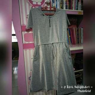 Dress Preloved #1