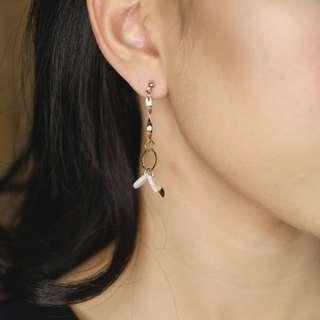 NOA earring