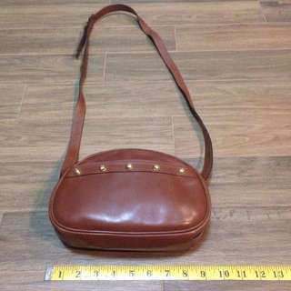 100% Auth Vintage Brown Ferragamo Designer leather sling bag
