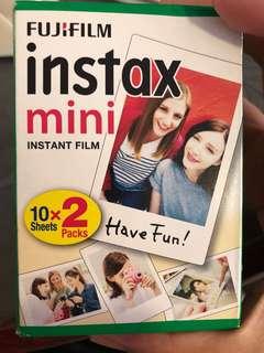 Fujifilm Instax mimi instant film