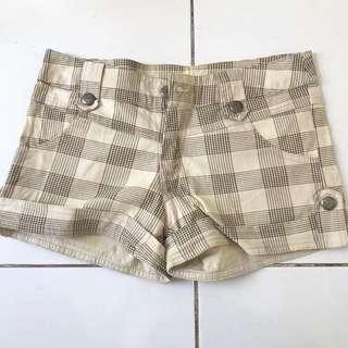 checkered hotpants