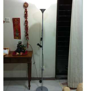 Ikea standing lamp. In good working condition.