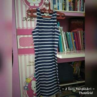 Dress Petite Preloved