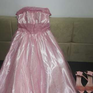 Bundle gown and shoes