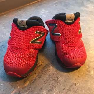 Sport shoes for toddlers (new balance)