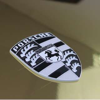 Custom-designed White Manhattan Glossy White on Black Porsche Emblem
