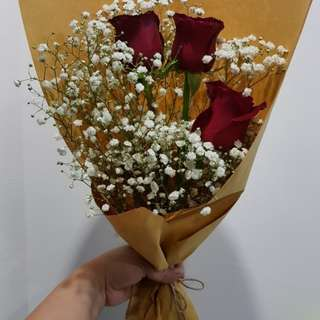 Baby Breath & rose Bouquet