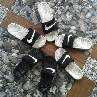 Sandal nike benassi swosh