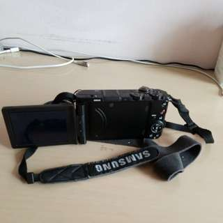 "Samsung EX1 相機 3"" 屏"