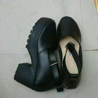 Sepatu Hak 5cm