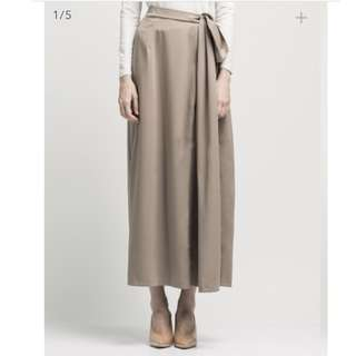 ATS the label Rob Skirt sold out online