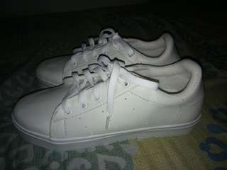 White shoes style