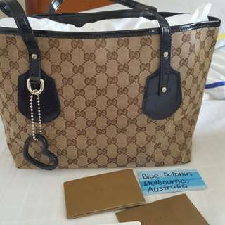 UP FOR GRABS! GUCCI TOTE BAG AUTHENTIC