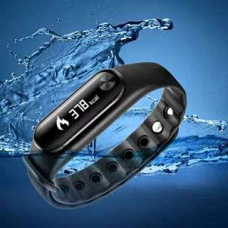 BNIB Smart bluetooth Sports Watch ( instock )