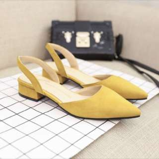 Women strappy shoes