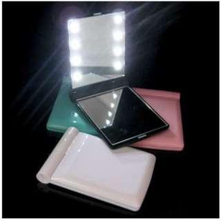 Cermin LED